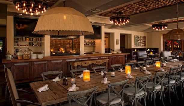 Kitchen restaurant Dining function hall Bar Island