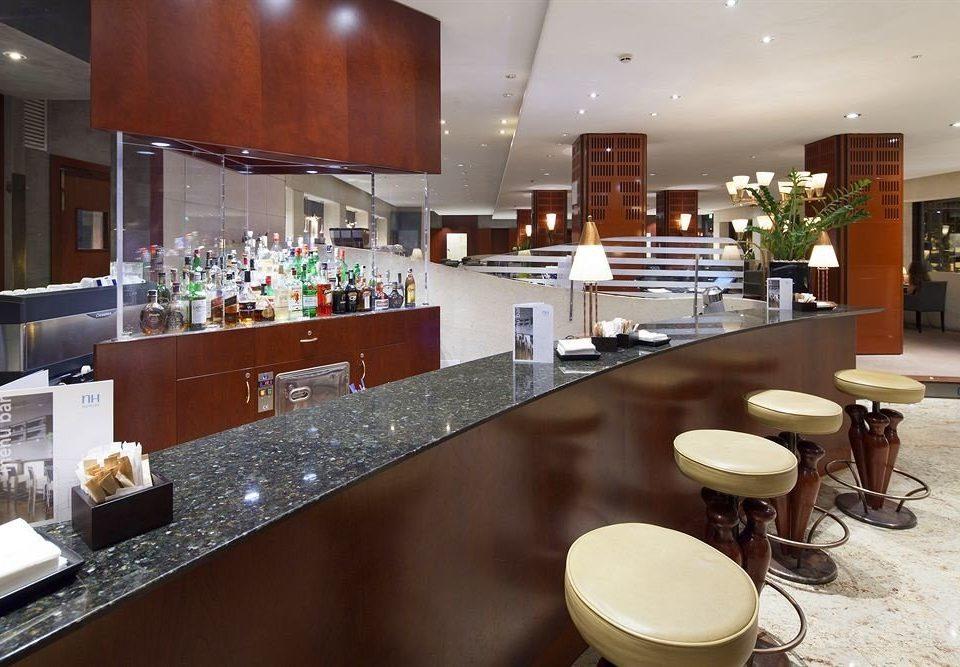 property restaurant counter food cuisine Bar cafeteria café Dining Lobby Island Modern dining table