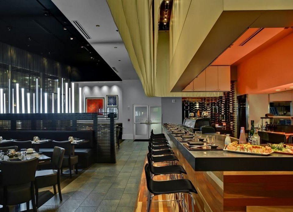 restaurant Dining Lobby café Bar convention center Island