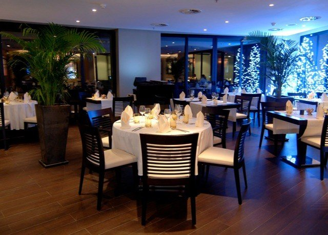chair restaurant function hall Dining Lobby Resort Bar Island