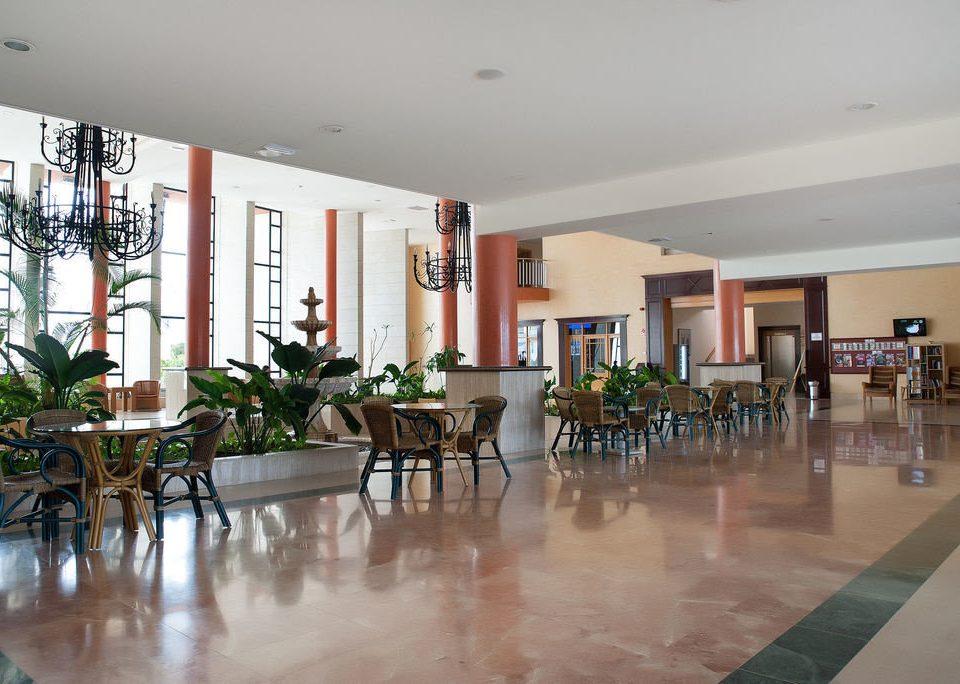 property Dining condominium Lobby home flooring hard Bar Island
