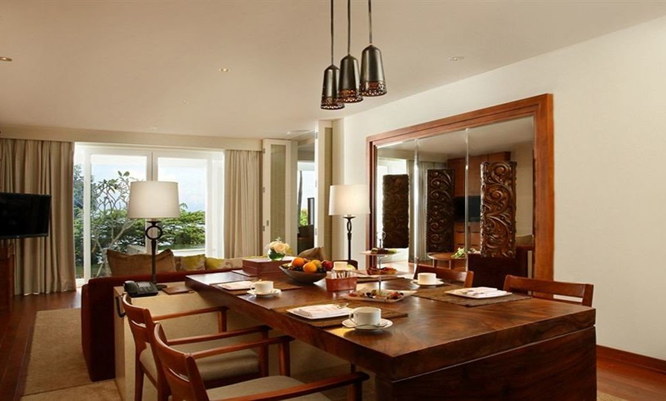 property wooden home hardwood living room Villa cottage Suite Dining condominium farmhouse Bar Island dining table