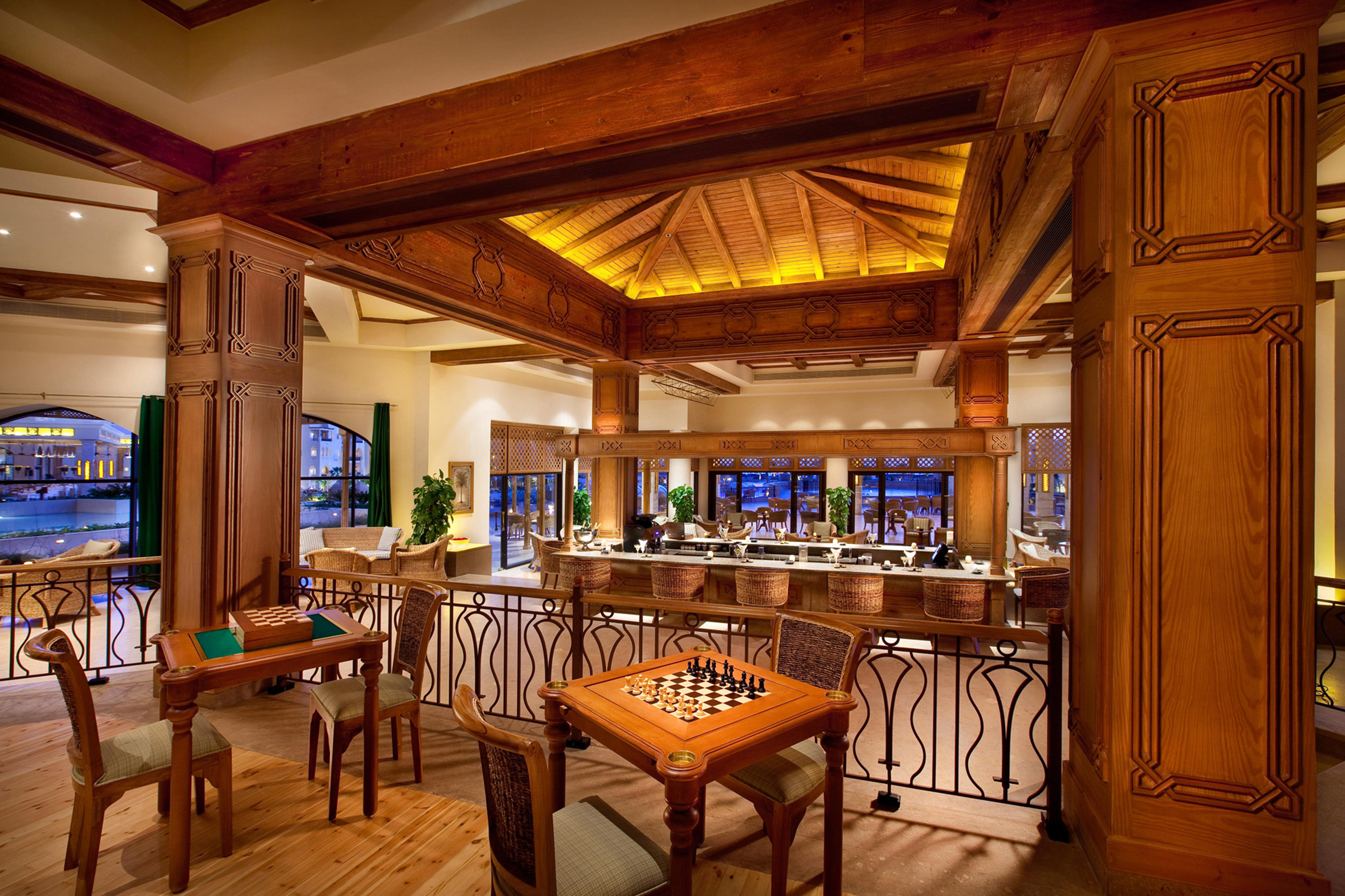 Lounge Luxury Kitchen property Resort recreation room home restaurant mansion Bar Dining palace