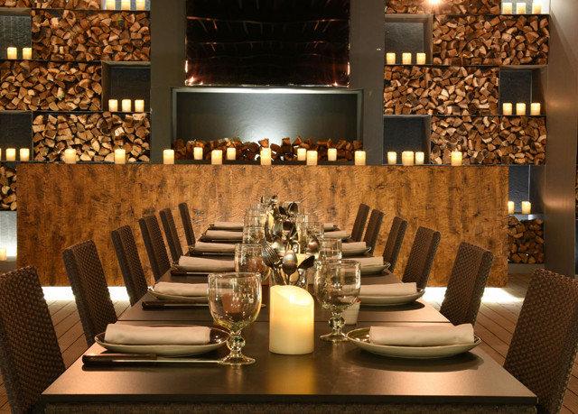 Dining restaurant function hall Lobby ballroom set Bar dining table