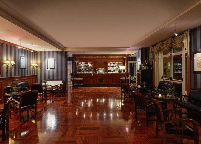 property Lobby Dining recreation room billiard room function hall Bar restaurant mansion