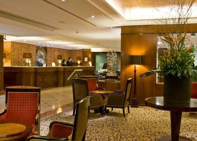 chair Lobby restaurant café condominium function hall Dining Bar convention center