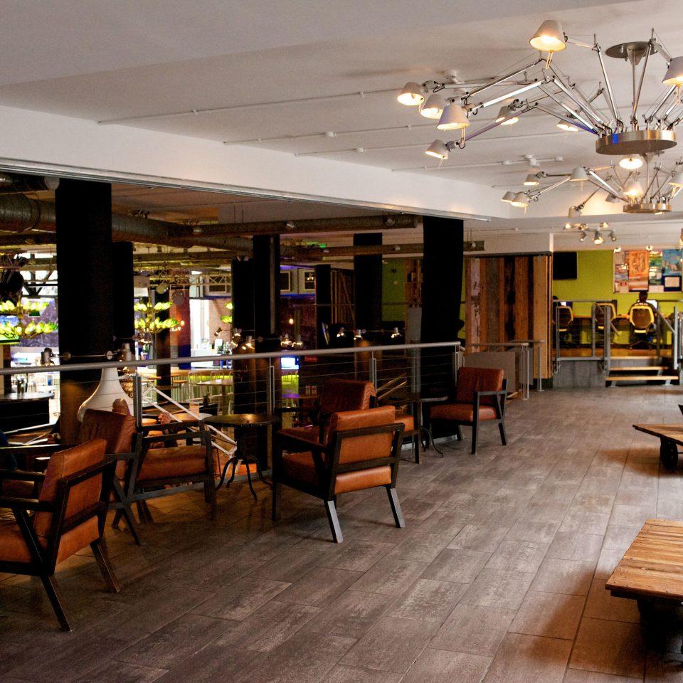 Lobby restaurant café Bar Dining coffeehouse dining table
