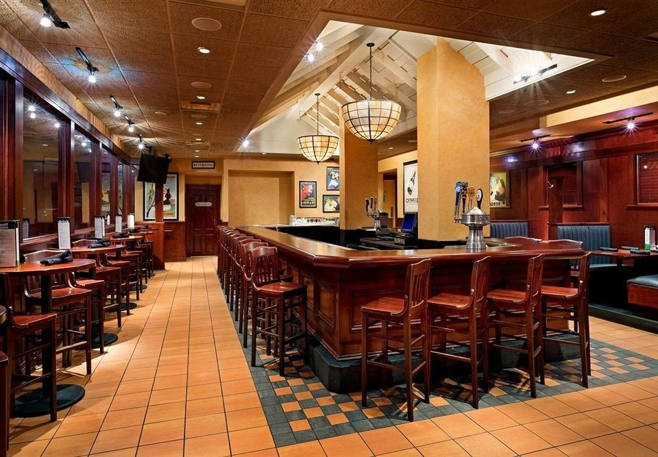 Bar Dining chair Lobby recreation room restaurant café function hall cafeteria convention center