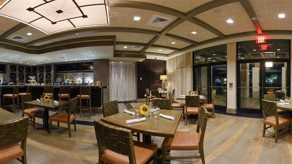 Lobby chair restaurant Dining café Bar function hall convention center cafeteria