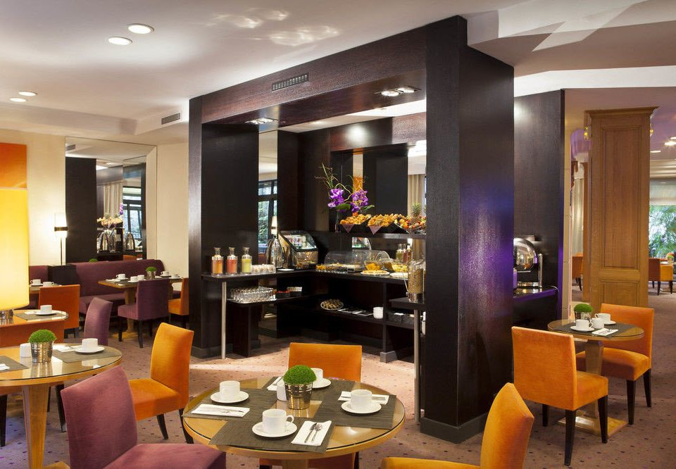 chair restaurant Lobby Dining living room condominium Bar