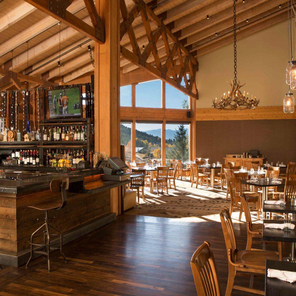 building restaurant Dining Bar Lobby café Resort tavern