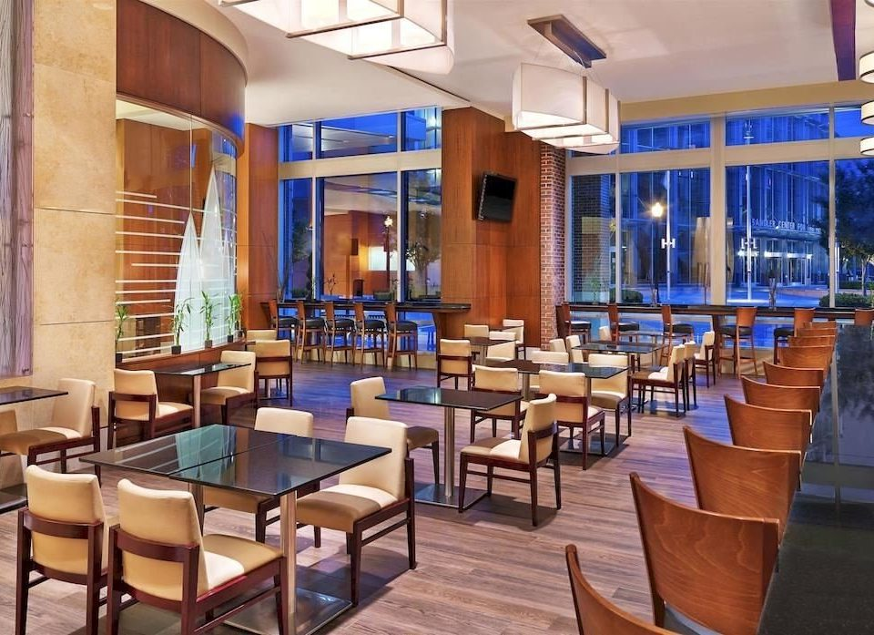 chair property Dining Resort restaurant condominium function hall Bar convention center Lobby cafeteria
