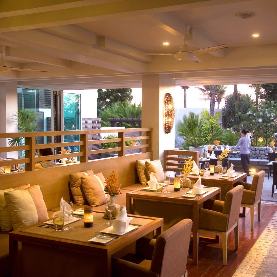 Lounge Luxury Scenic views restaurant Resort Dining café function hall Bar