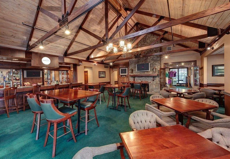 Bar Lounge Resort chair property building Dining recreation room home cottage restaurant farmhouse set