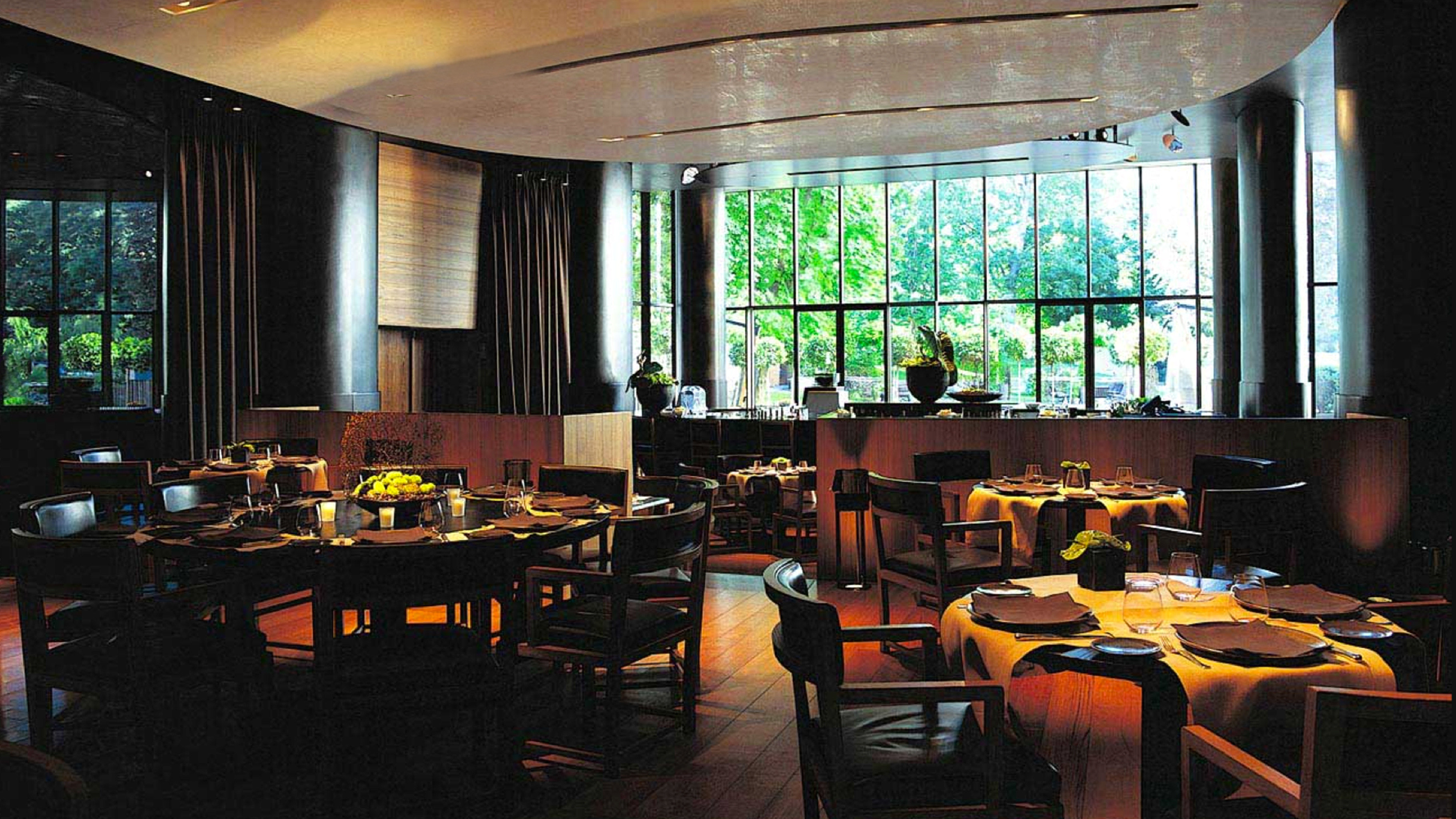 Dining Luxury Modern restaurant Bar function hall