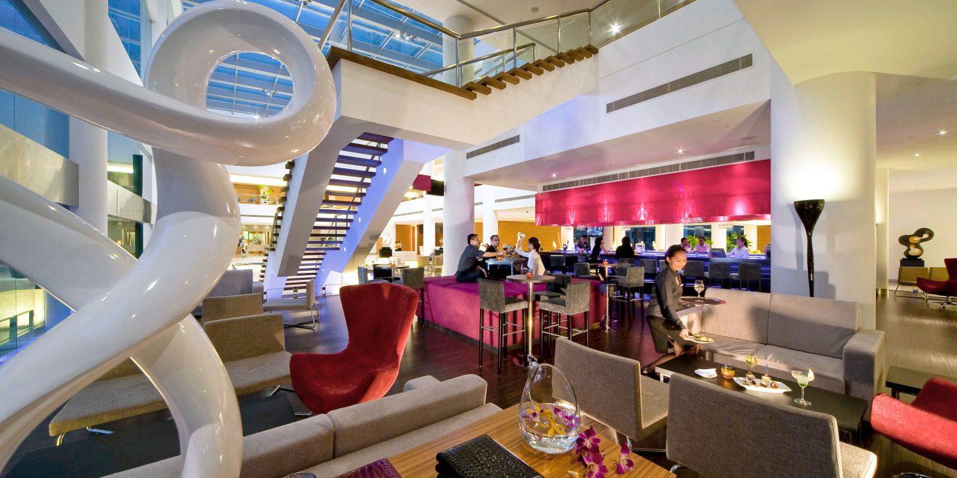 Bar Dining Luxury Modern chair vehicle restaurant