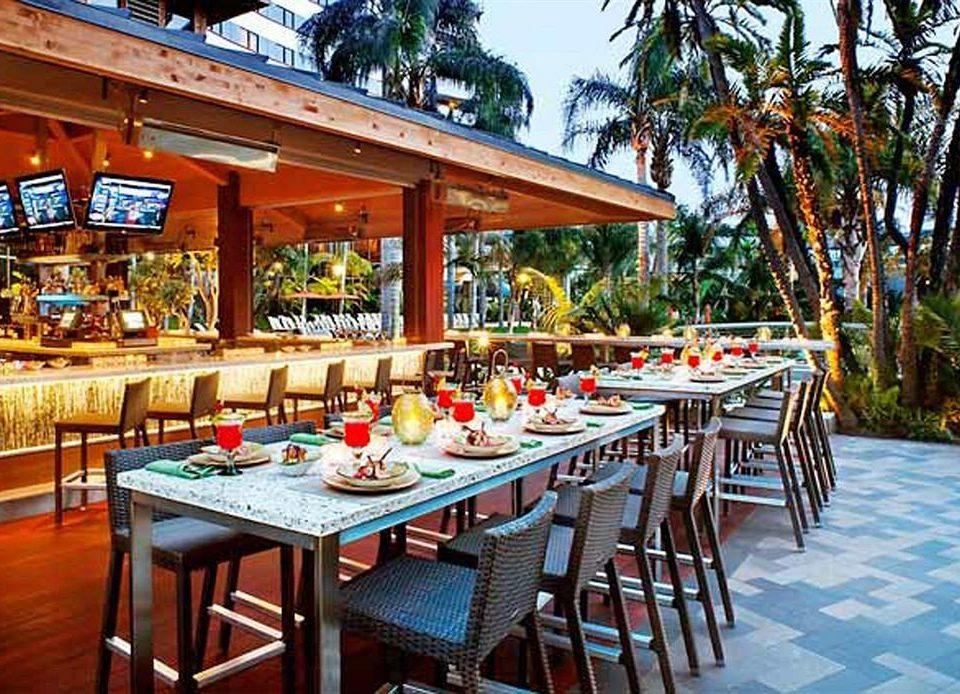 chair tree Dining restaurant Resort Bar tavern set dining table