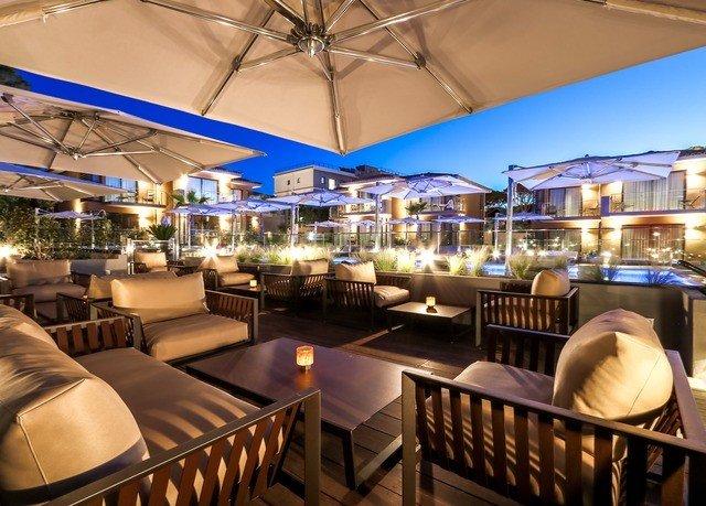 chair restaurant Bar Resort Dining