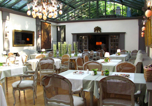 chair restaurant property Resort Dining cottage cuisine Villa café food Bar