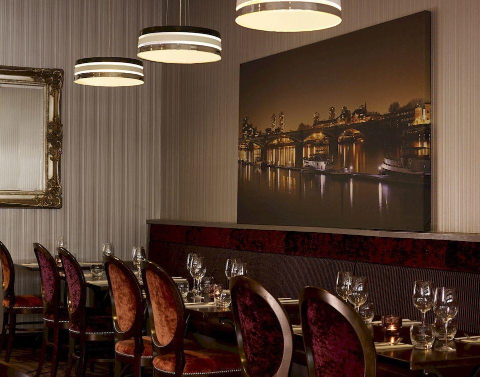 restaurant Bar lighting set dining table