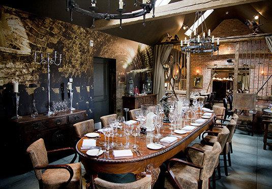restaurant Bar dining table