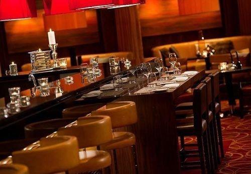 restaurant Bar set dining table