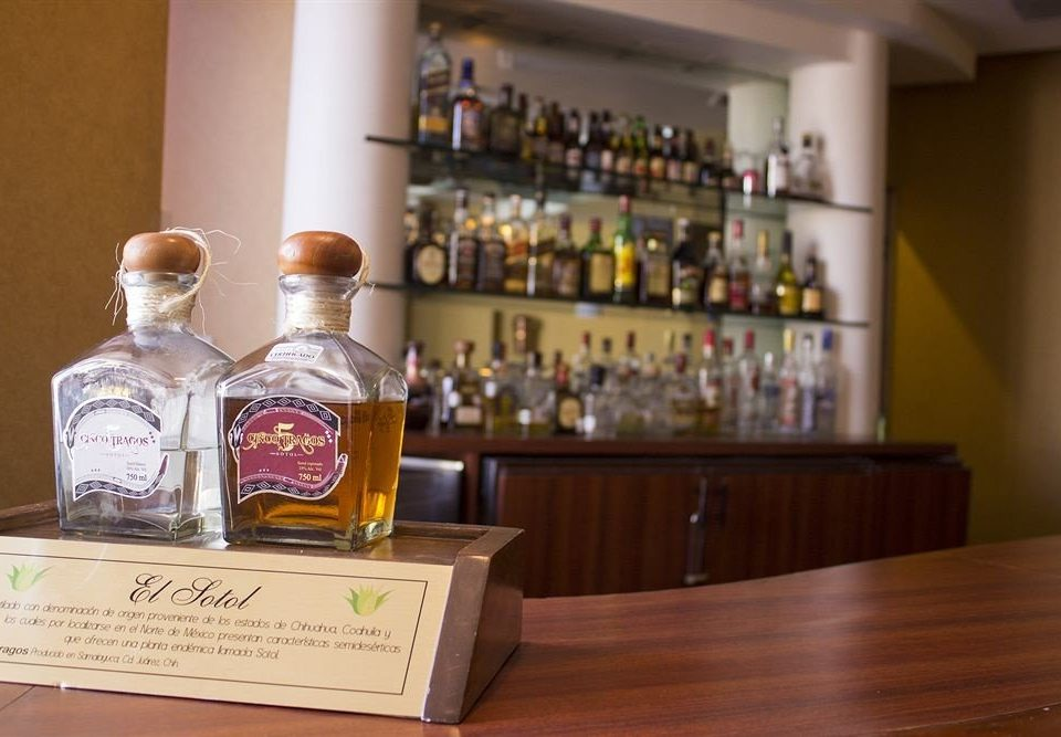 distilled beverage alcoholic beverage Drink whisky counter liqueur Bar
