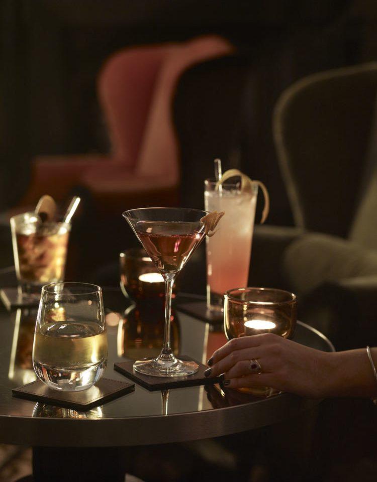 alcoholic beverage restaurant Drink lighting dinner wine sense Bar distilled beverage glass