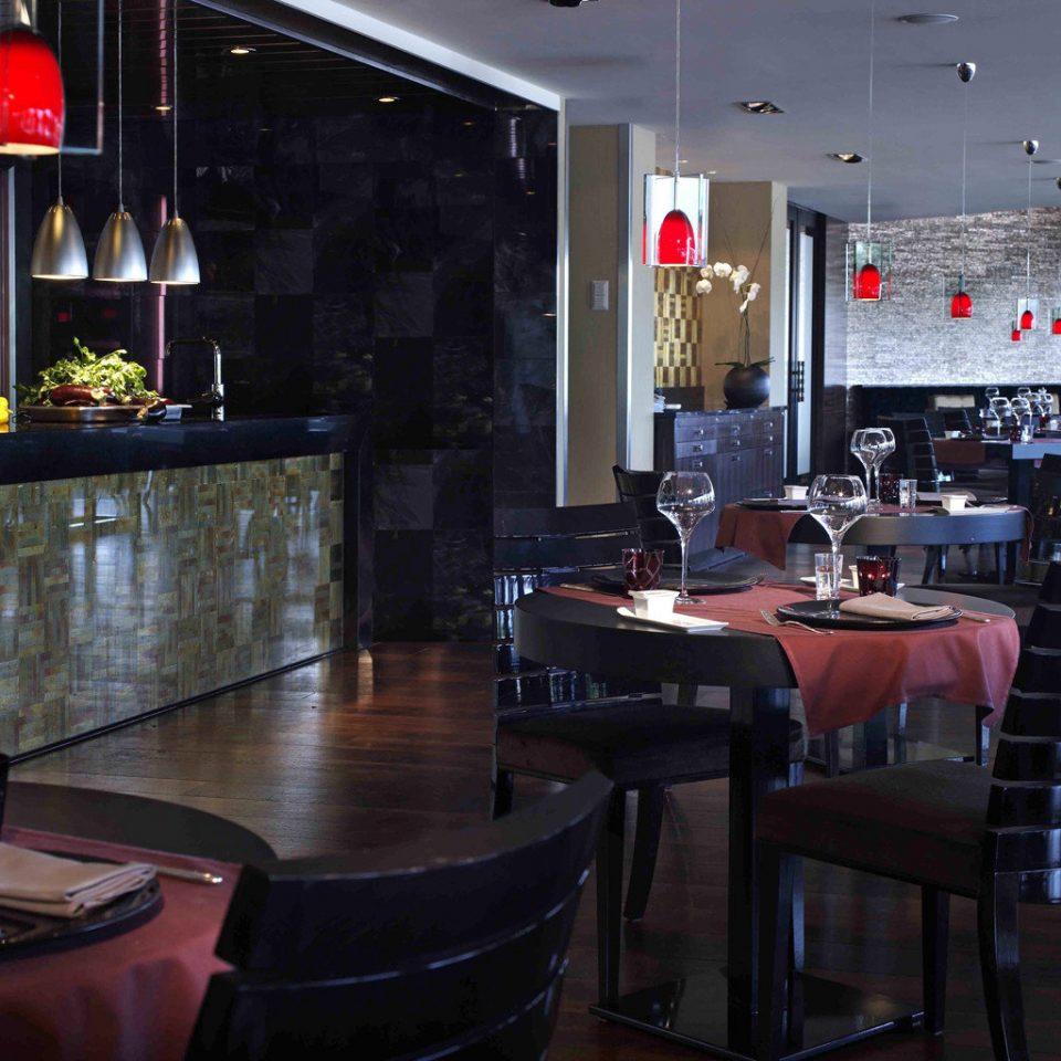 Bar Drink Eat restaurant nightclub café
