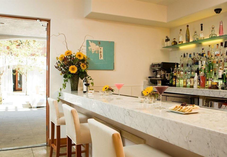 Bar Drink Eat property restaurant counter floristry home cottage