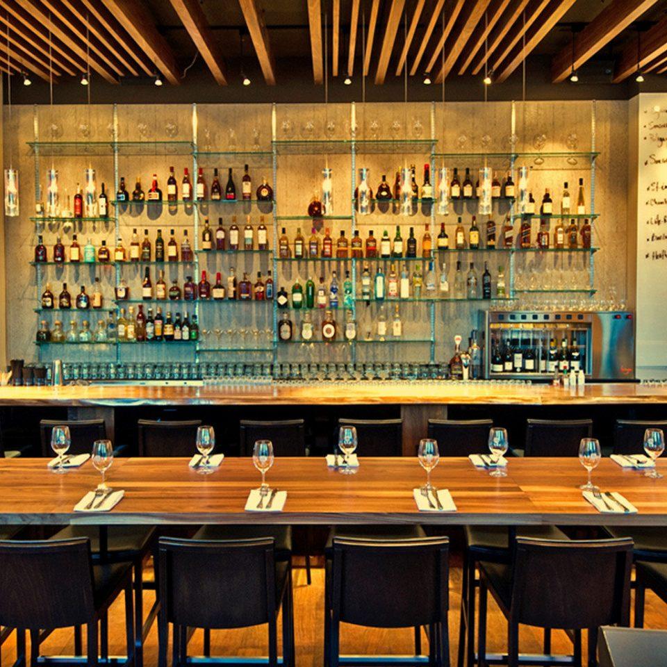 Bar Drink Eat Elegant Historic Modern restaurant
