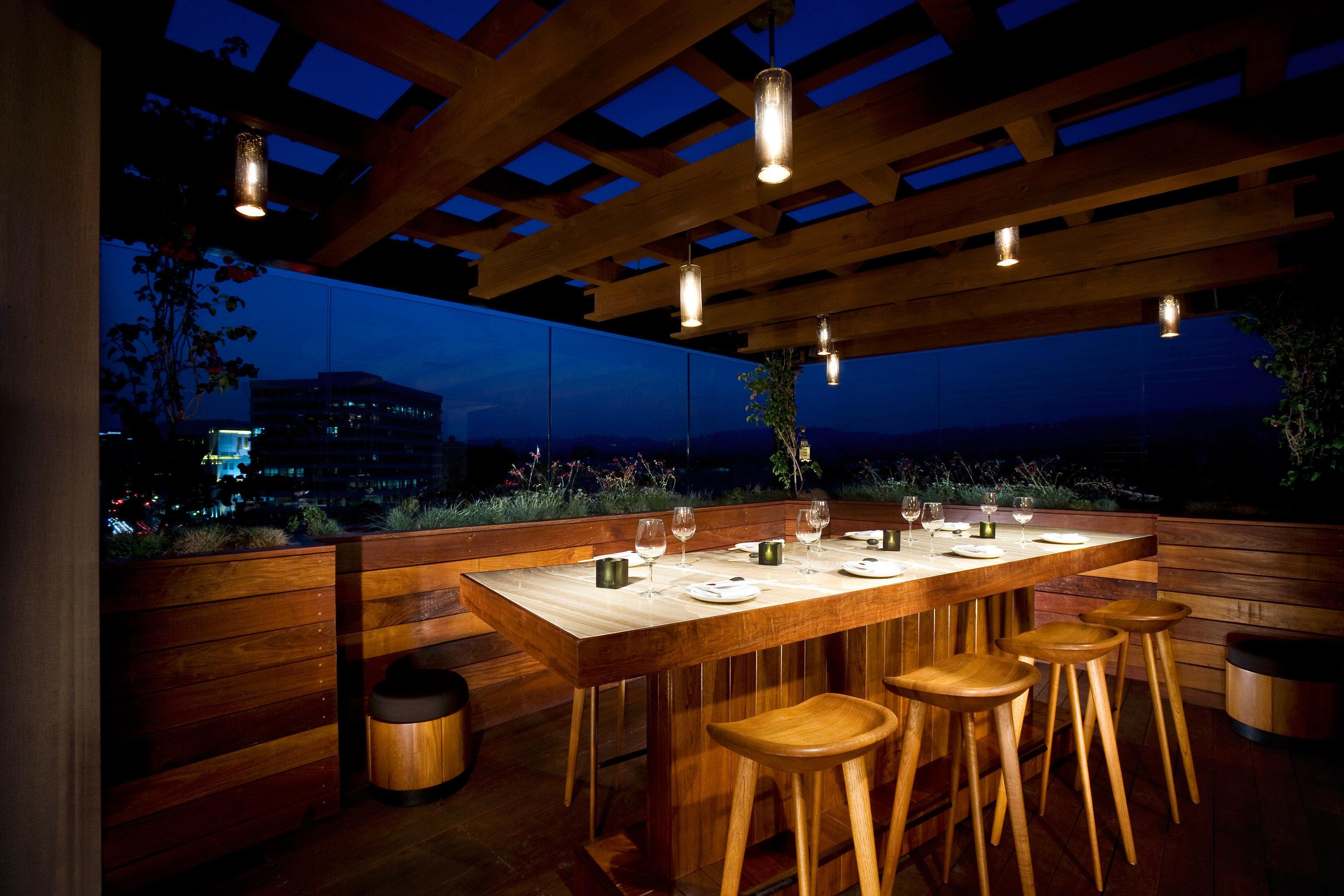 Drink Eat Hip Modern Nightlife Party Scenic views restaurant lighting Bar function hall Resort