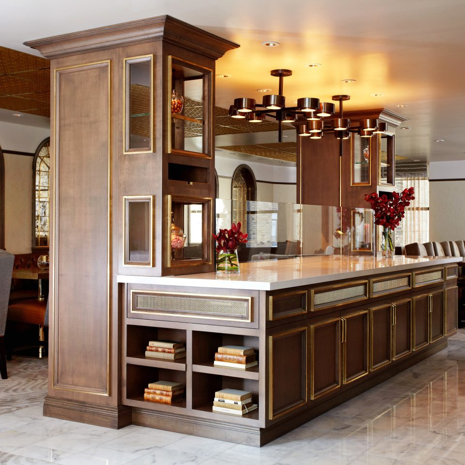 Drink Eat Kitchen property cabinetry hardwood home cuisine classique living room countertop food wood flooring cuisine flooring appliance Bar Island