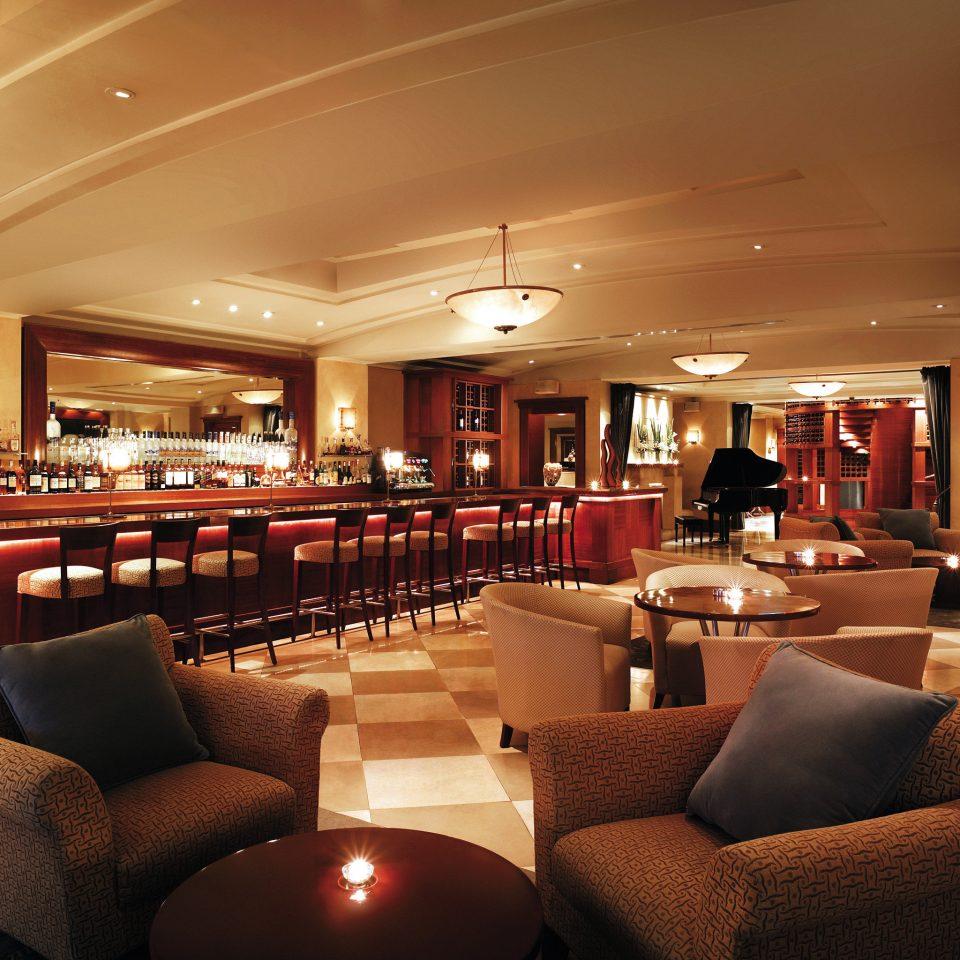 Bar Drink Eat Lounge Modern Lobby restaurant scene function hall recreation room living room