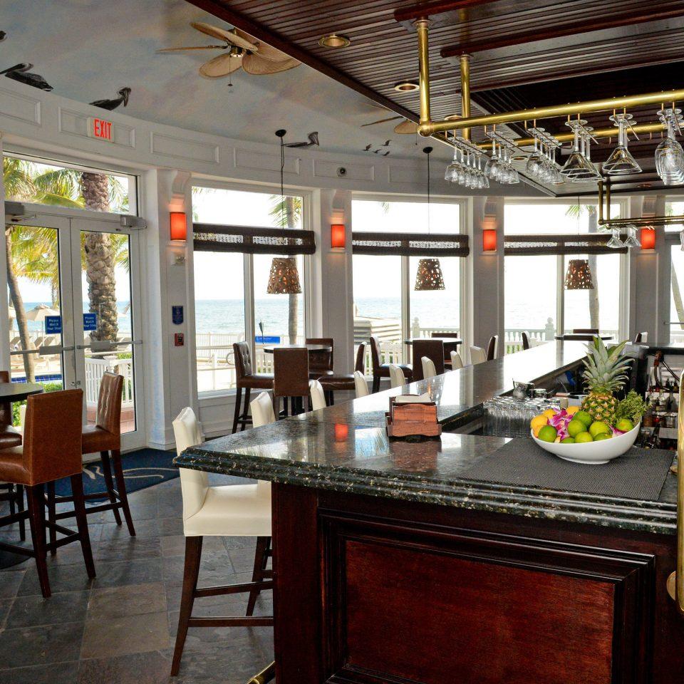 Bar Drink Eat Modern Resort Scenic views Waterfront restaurant