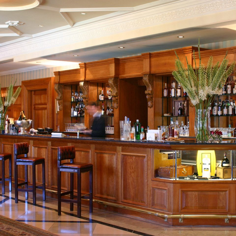 Bar Drink Elegant Lounge Luxury Kitchen Lobby function hall restaurant Island