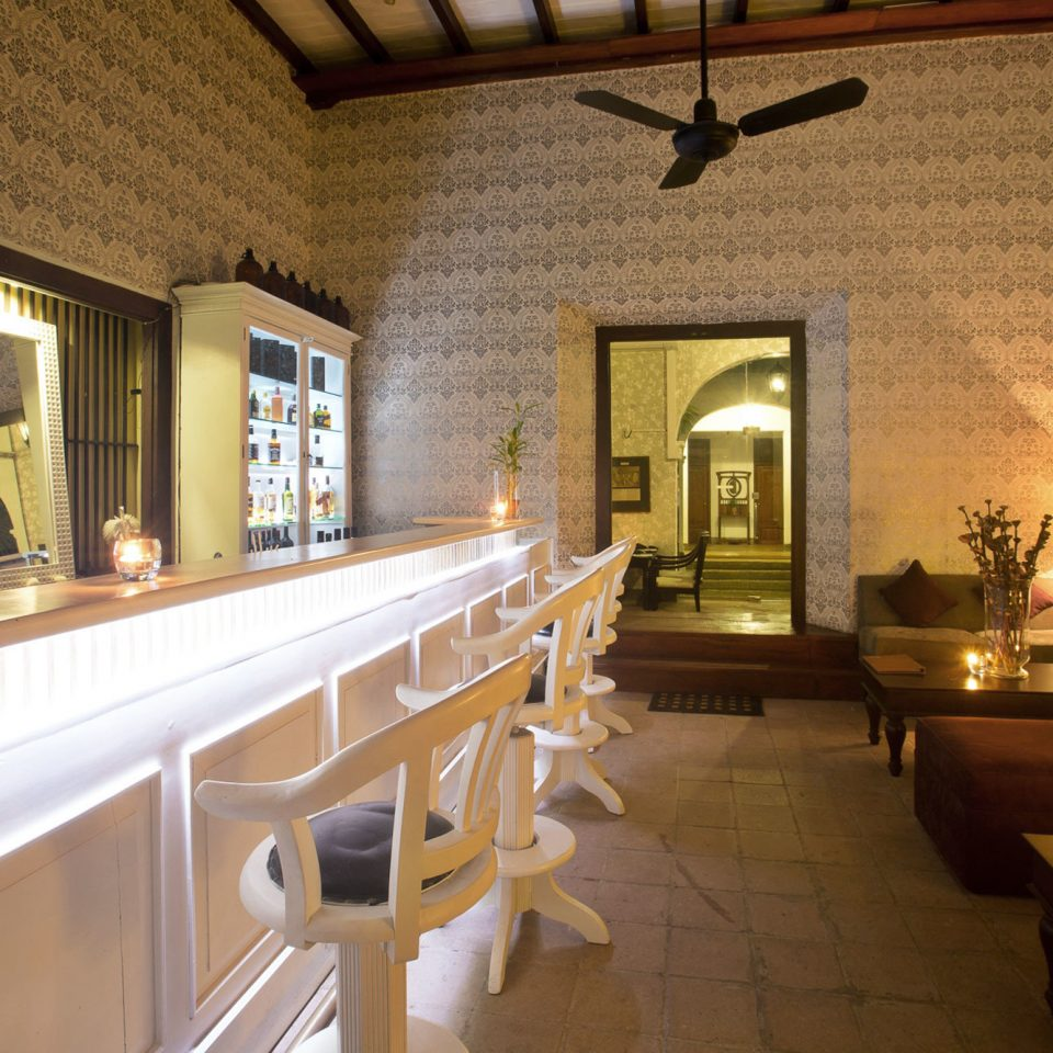 Bar Drink Elegant Luxury property restaurant home Lobby lighting cottage Villa Resort
