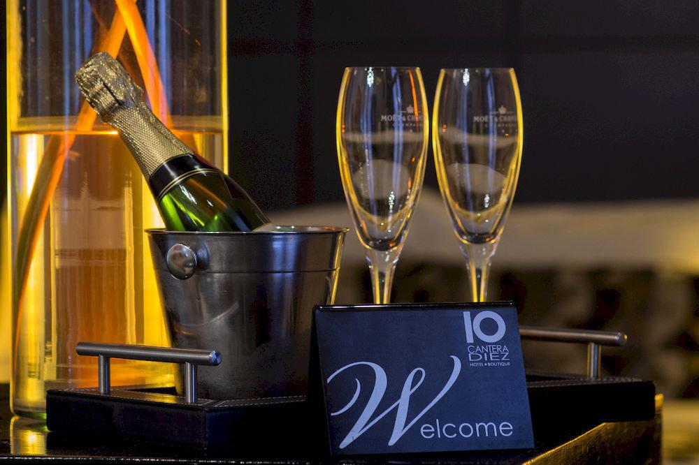 wine trophy Drink glass Bar