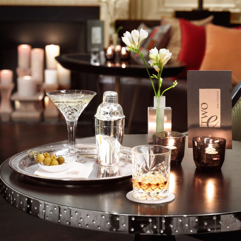 Bar Drink Hip Lounge Luxury lighting centrepiece counter