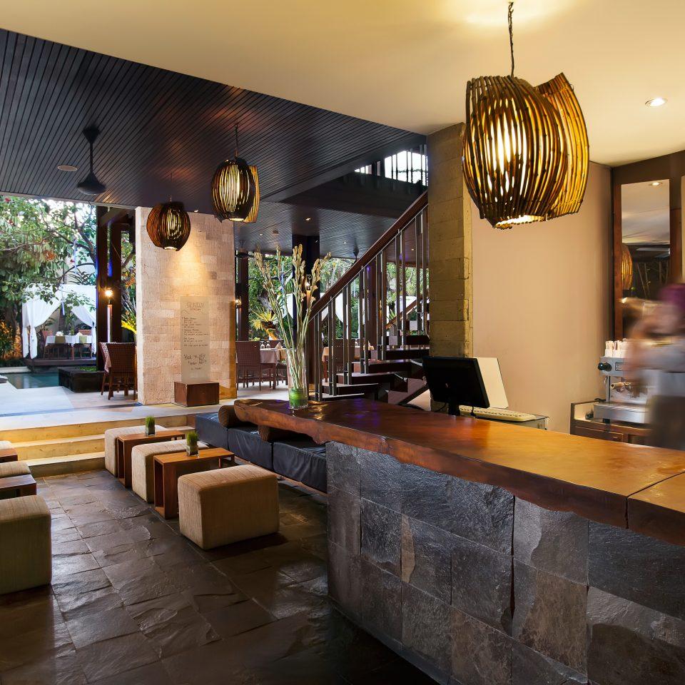 Bar Drink Lounge Modern Scenic views property restaurant home stone Island