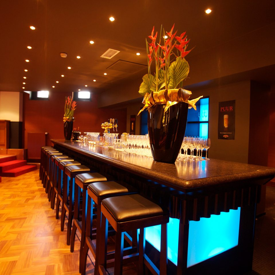 Bar Drink Nightlife Play Resort function hall restaurant long Island