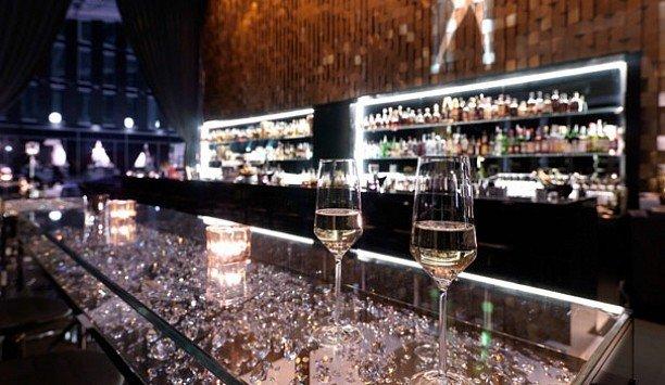 wine Bar Drink liquor store