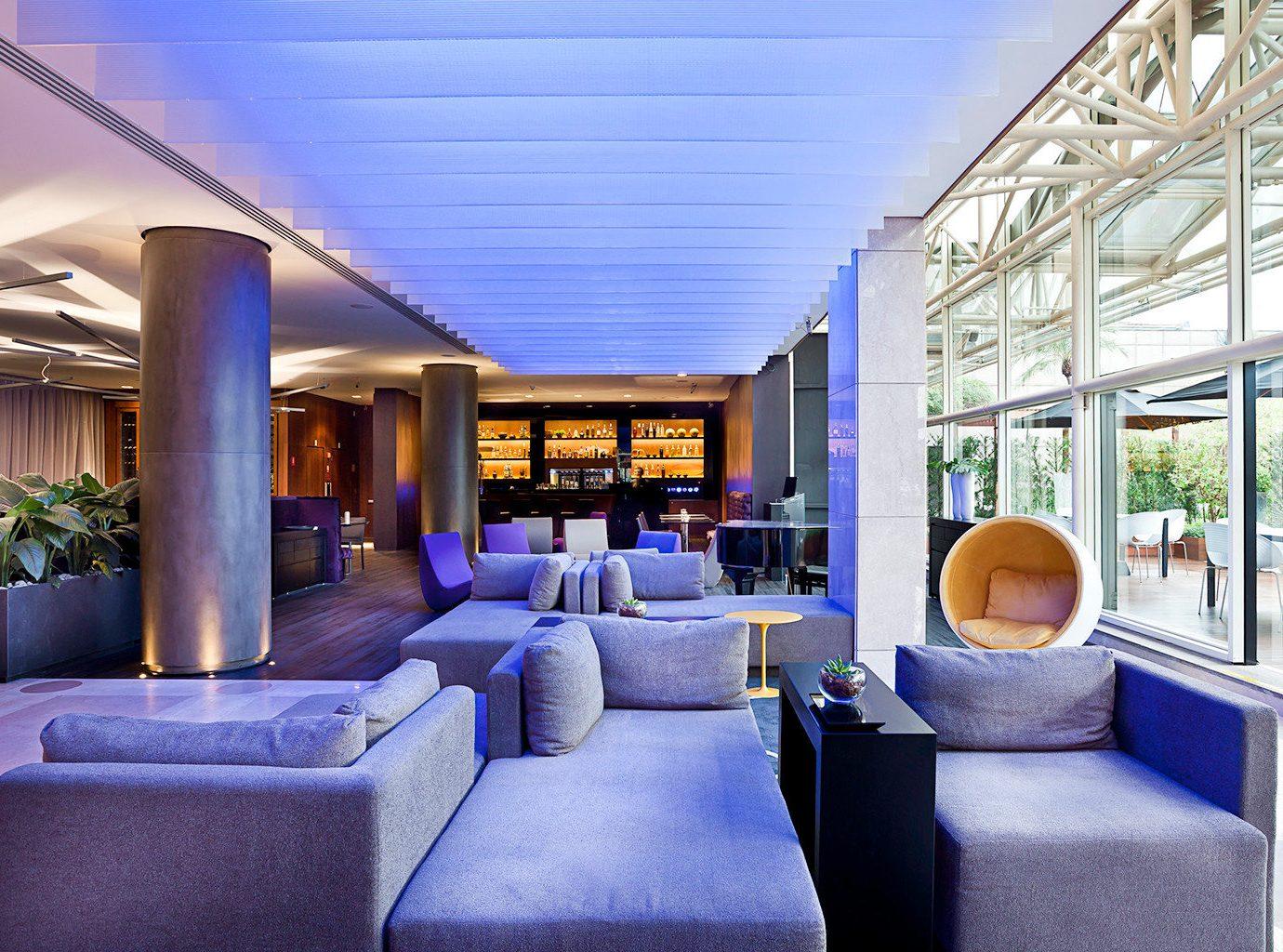 Bar Drink Lounge Modern Nightlife Resort property condominium living room home Lobby mansion convention center