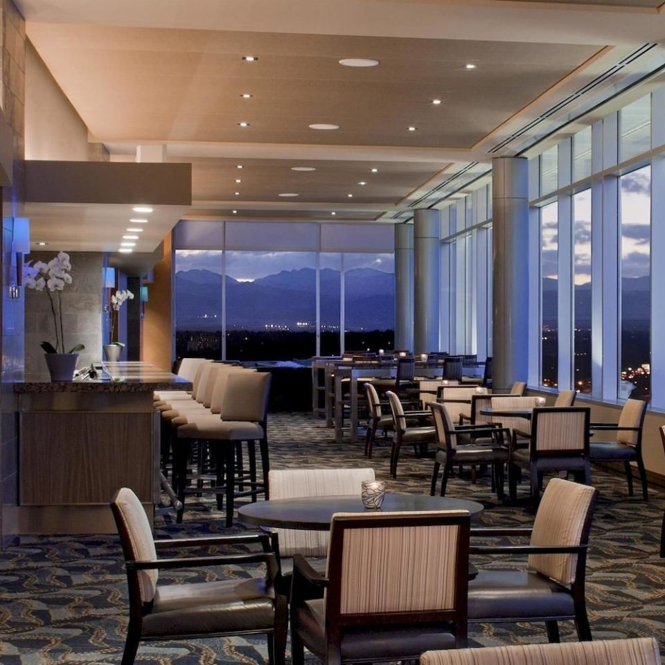 Bar Drink Lounge Nightlife Resort Scenic views chair Lobby living room conference hall condominium wooden convention center headquarters