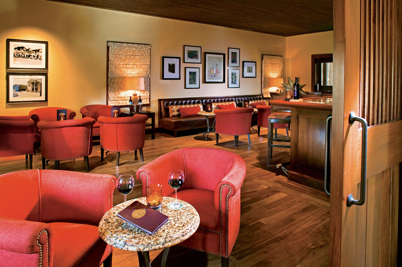 Bar Drink Resort sofa chair property living room home Suite recreation room cottage