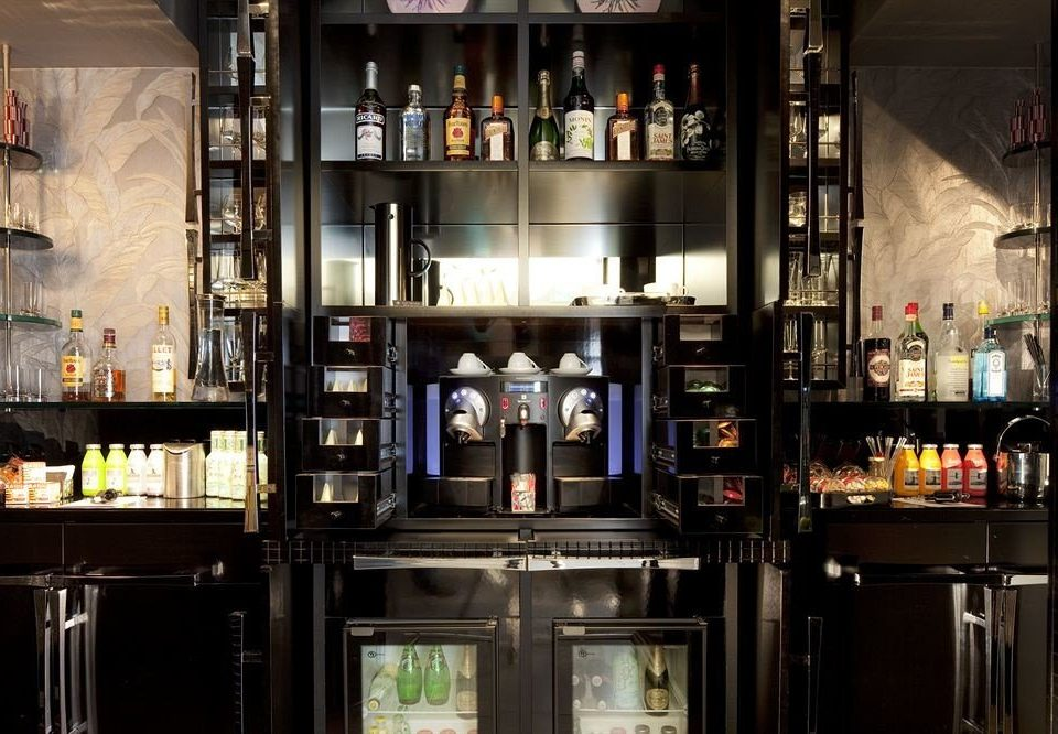 Bar restaurant Drink shelf
