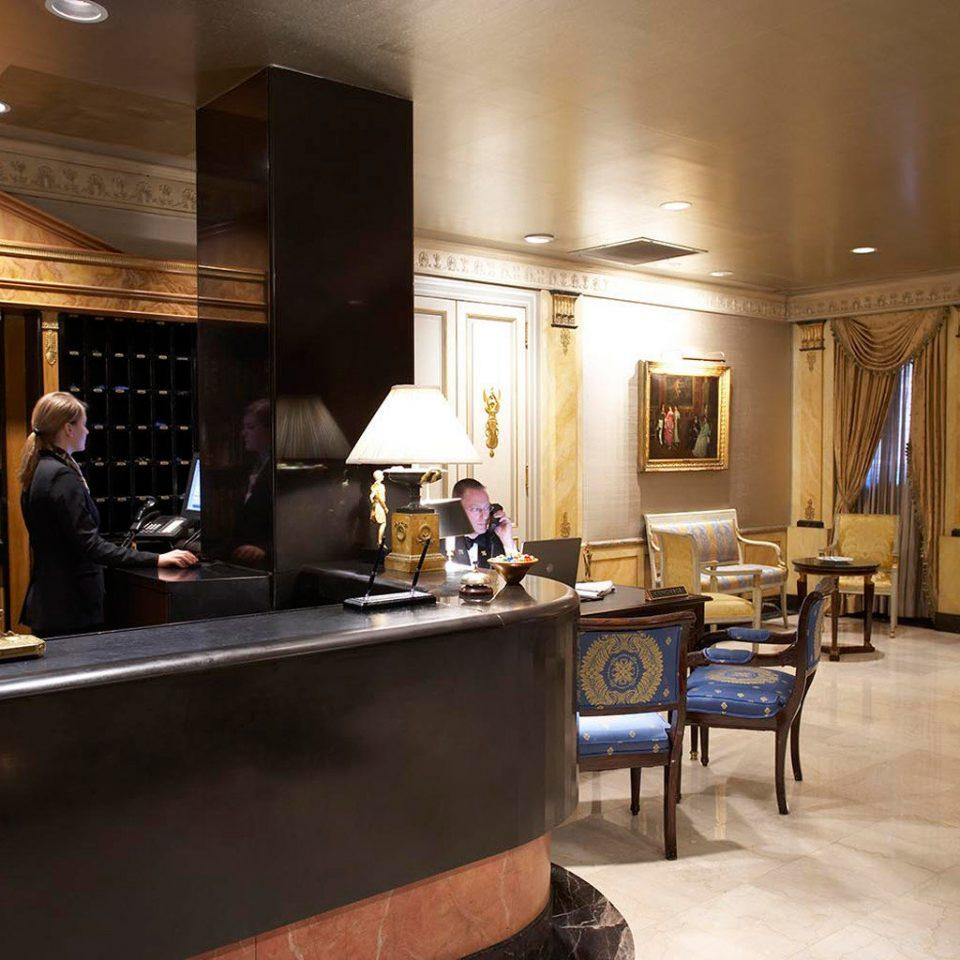 Elegant Lobby property restaurant home Bar living room recreation room