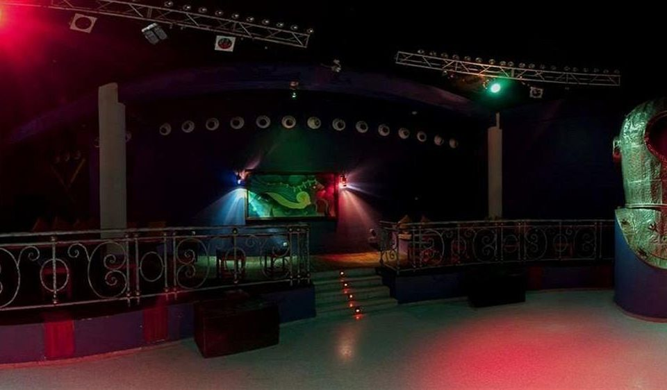 performance stage nightclub Entertainment red light Music musical theatre music venue screenshot disco theatre scenographer Bar night