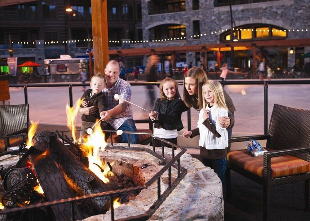 Family Firepit food meat barbecue cuisine Bar cooking