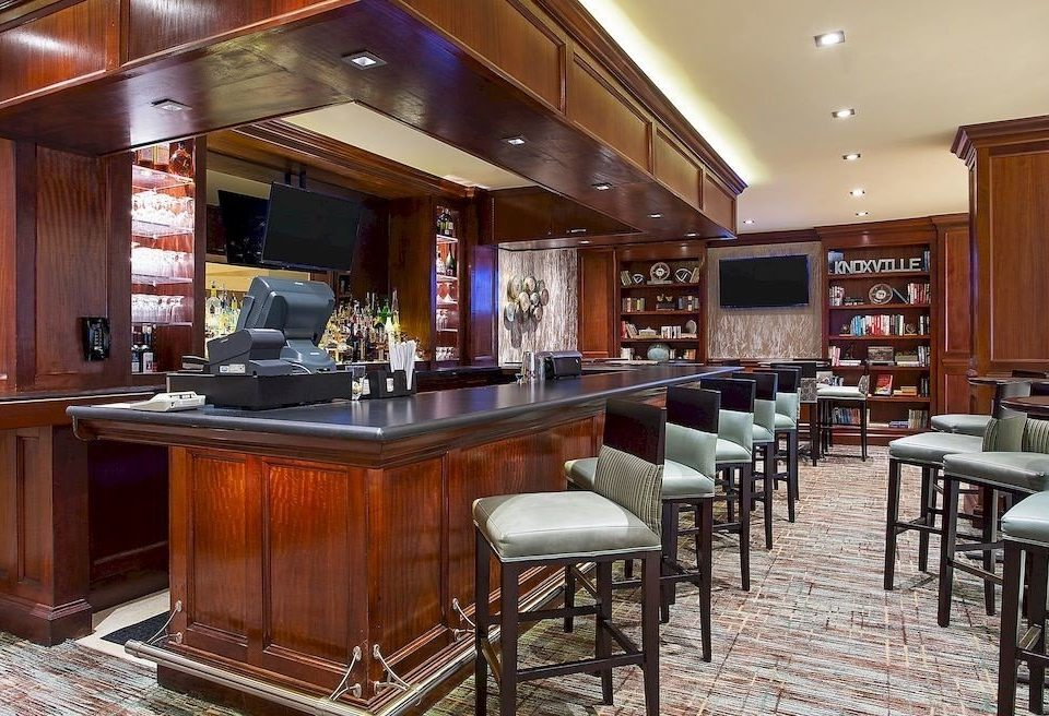 Bar Family property cabinetry recreation room Kitchen home yacht restaurant Island dining table